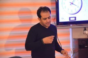 اولین کلاس فیلمنامه نویسی با احسان عبدی پور در آموزشگاه سینمایی دنیای آفاب برگزار شد